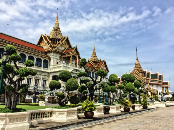 The Grand Palace and its very cute shrubbery.